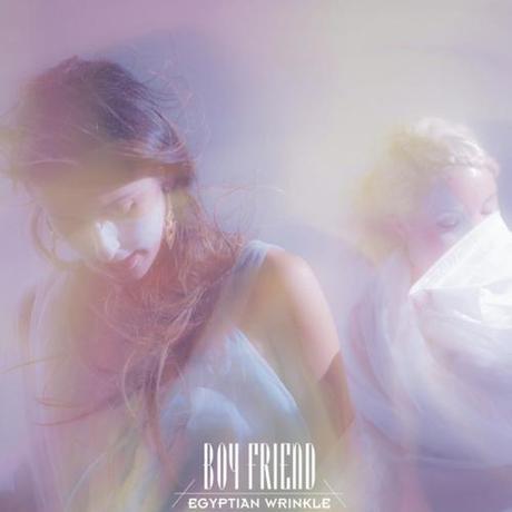 Boy Friend: Bad Dreams - Stream On avait déjà savouré Egyptian...