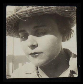 Elizabeth Bishop jeune