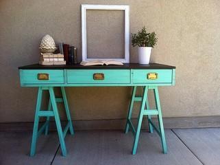 moody 39 s match mon bureau vintage m tal ou color paperblog. Black Bedroom Furniture Sets. Home Design Ideas