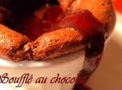 Soufflé chocolat noir sauce épicée