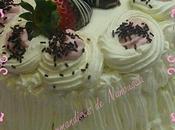 Fraisier chantilly ,génoise chocolat ,mousse fraise