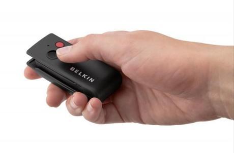 Belkin Télécommande 2 600x395 Belkin LiveAction : trois accessoires photos pour votre iPhone 4S