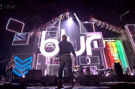 Blur offre un mini-concert lors des Brit Awards