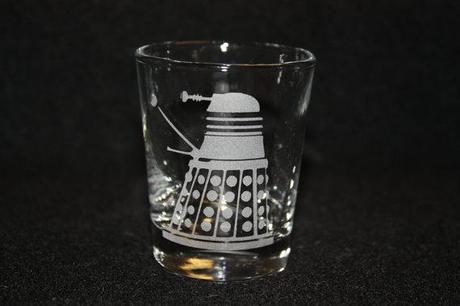 doctor whoverre dalek gnd geek Découvrez les verres Geek de Fanboyglass produits geek  geek gnd geekndev
