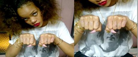 Rihanna – son tatouage «Thug Life» sur les doigts