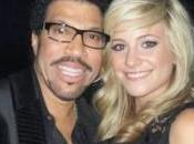 Lionel Richie Pixie Lott retrouvent Angel