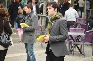 meeting-rue-tractage-militants-foule-rouen