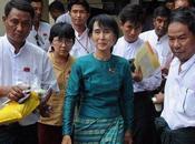 Aung consultée Président birman. Maintenant, c'est elle mène jeu!