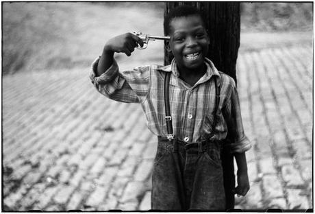 USA. Pittsburgh, Pennsylvania. 1950 © Elliott Erwitt/MAGNUM PHOTOS