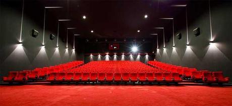 Le cinéma indépendant s'émancipe grâce à Internet. Quelle place pour la salle ?