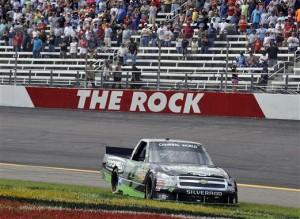 Nascar Truck Séries: Good Sam Road Side Assistance Carolina 200: Résultats