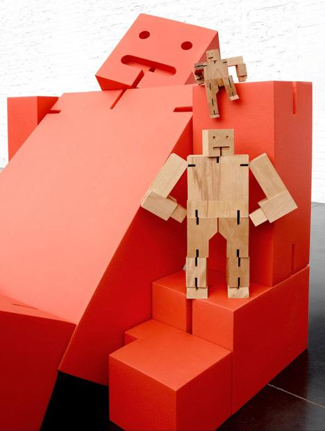 Un Giant Cubebot, par David Weeks et Quinze & Milan