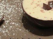 Sphere chocolat noir mousse blanc