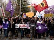 Kahnawake: Manifestation d'élèves contre projet casino