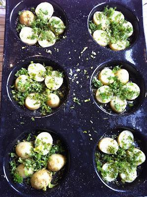 Mini tortillas aux herbes et legumes de printemps (Spring herbs and greens tortilla de patata)