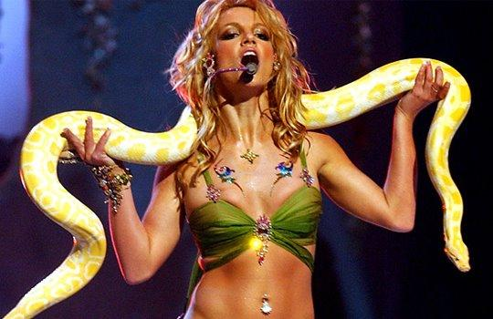 britney spears slave for you Nouveau message de Britney Spears sur Facebook