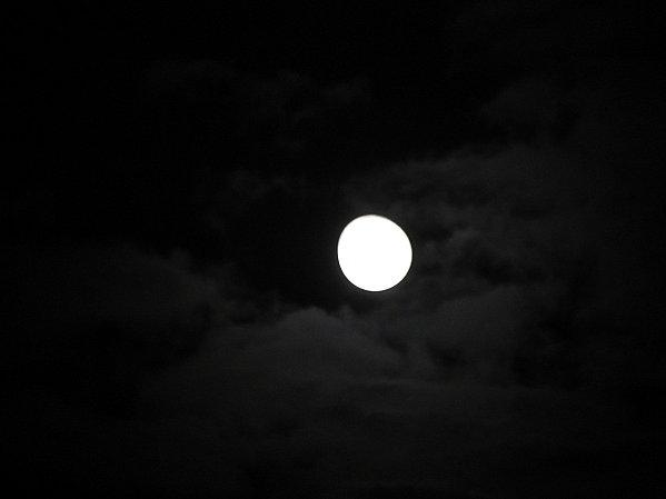 Full-moon-of-may-2012-011.JPG