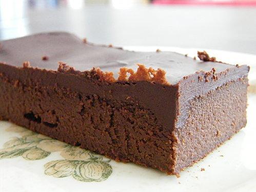 gâteau au chocolat et au mascarpone, glaçage chocolat | À voir
