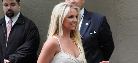 Photos : Britney et Jason arrivant à la conférence de presse de la FOX