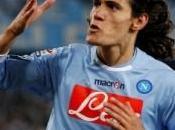 Mercato Juve préfère Cavani Persie