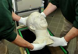 Départ des objets pour le Louvre