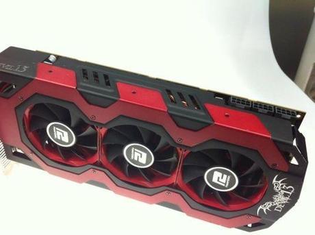 radeon hd7970x2 devil powercolorK P 339001 3 PowerColor Radeon HD 7970 X2 : un Devil dans votre boîtier