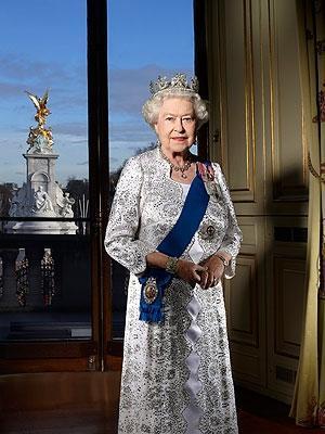 queen-elizabeth-300