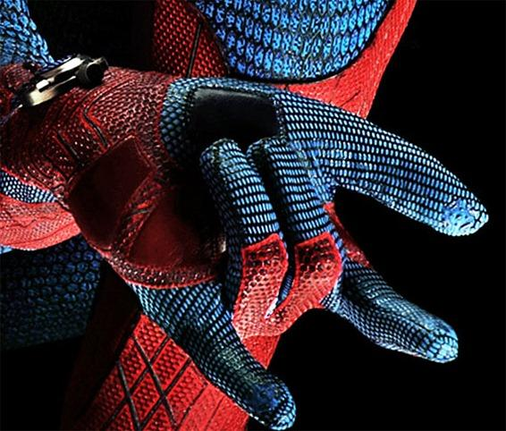 Spider-Man-reboot-gloves-and-artificial-web-shooters