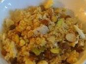 Salade sucrée salée couscous raisins secs noix