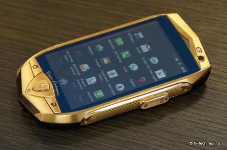 Smartphones et tablettes sous Android signés Lamborghini