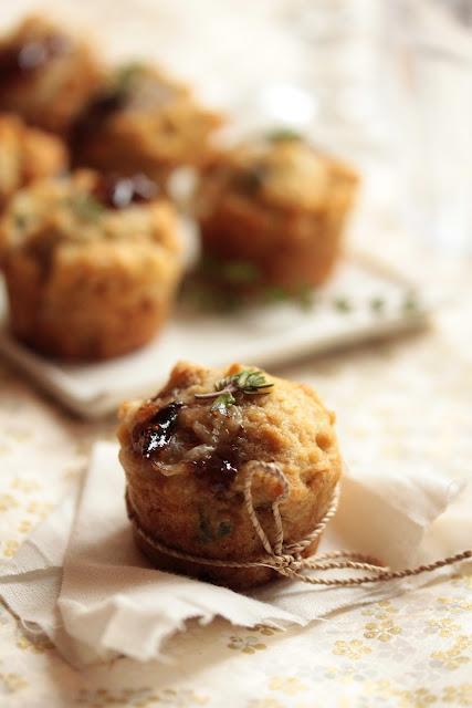 Mini-muffins au chèvre, faisselle et confiture de figues
