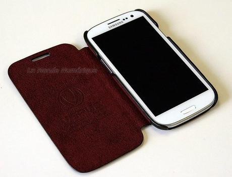 Un étui en cuir haut de gamme pour le smartphone Samsung Galaxy S3