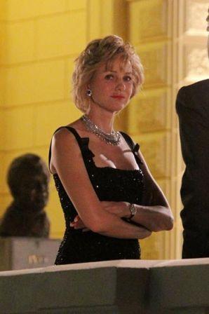 Naomi_Watts_filming_Princess_Diana_film_Wzk87zkuP8Jx.jpg