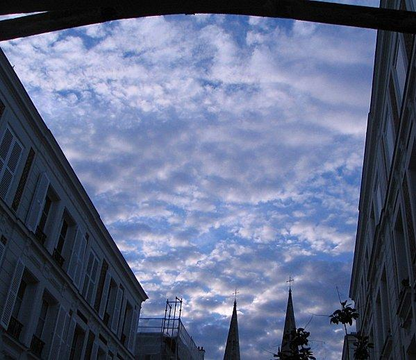 sky_with_clouds_001.JPG