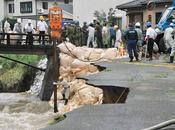 Deluge Japon: 5000 personnes inaccessibles