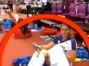 athlète enlève petite culotte direct