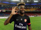 L'international camerounais Alexandre Song quitte Arsenal pour Barcelone