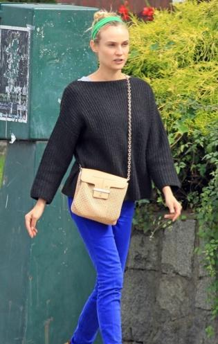 Le look de la semaine: Diane Kruger et son chino bleu
