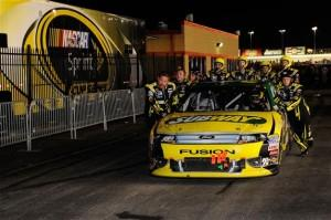 carl edwards dnf atlanta 20121 300x199 Race for the Chase of Nascar Sprint Cup: Les différents scénarios possibles