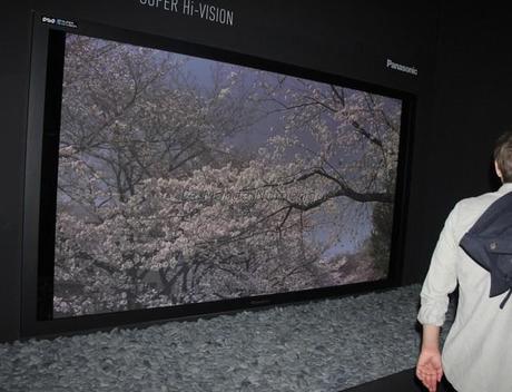 IFA  2012 : Panasonic, un Plasma 8K4K de 145 pouces et une TV 4K de 20 pouces