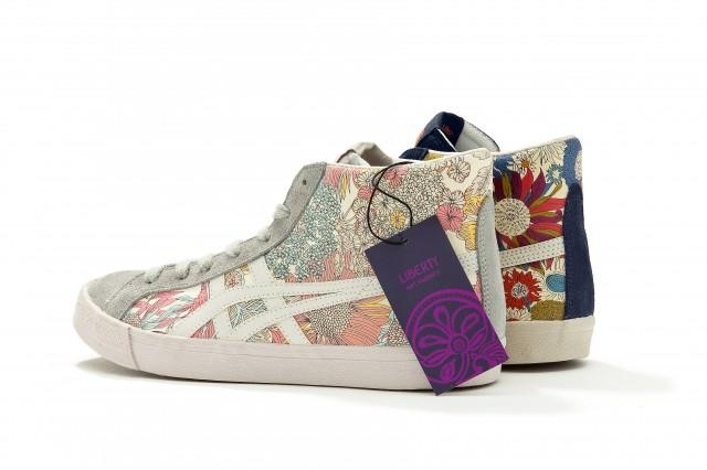 "Mode : ""Onitsuka Tiger / Liberty"""