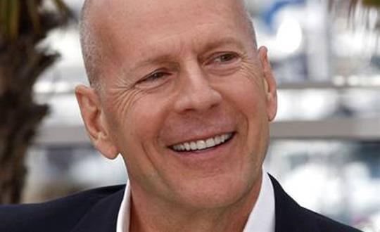 Bruce Willis menace de poursuivre Apple en justice