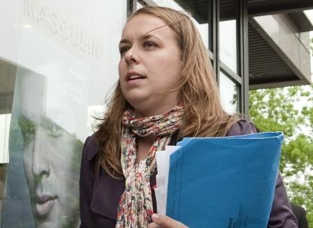 La présidente de la FEUQ, Martine Desjardins, considère qu'un consensus entre le gouvernement et toutes les associations étudiantes est envisageable: «Un consensus va permettre de rallier l'ensemble de la population, qui a été largement divisée dans le conflit.»