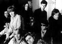 Blonde et Idiote Bassesse Inoubliable**********************The Velvet Underground & Nico de The Velvet Underground