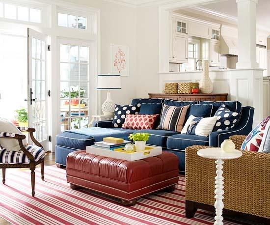 canap bleu et coussins pois blancs voir. Black Bedroom Furniture Sets. Home Design Ideas