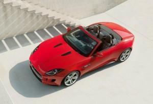 Jaguar F-Type se dévoile dans une série de photos