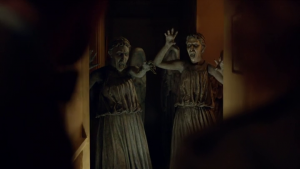 vlcsnap 2012 09 24 22h04m31s133 300x169 Doctor Who S07E04 : The power of three