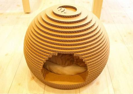The Spherical Lair