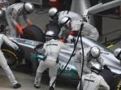 Mercedes continue faire évoluer