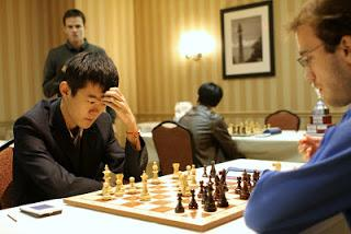 Échecs à Saint-Louis : Ding Liren (2702) 1-0 Georg Meier (2646) © photo Susan Polgar
